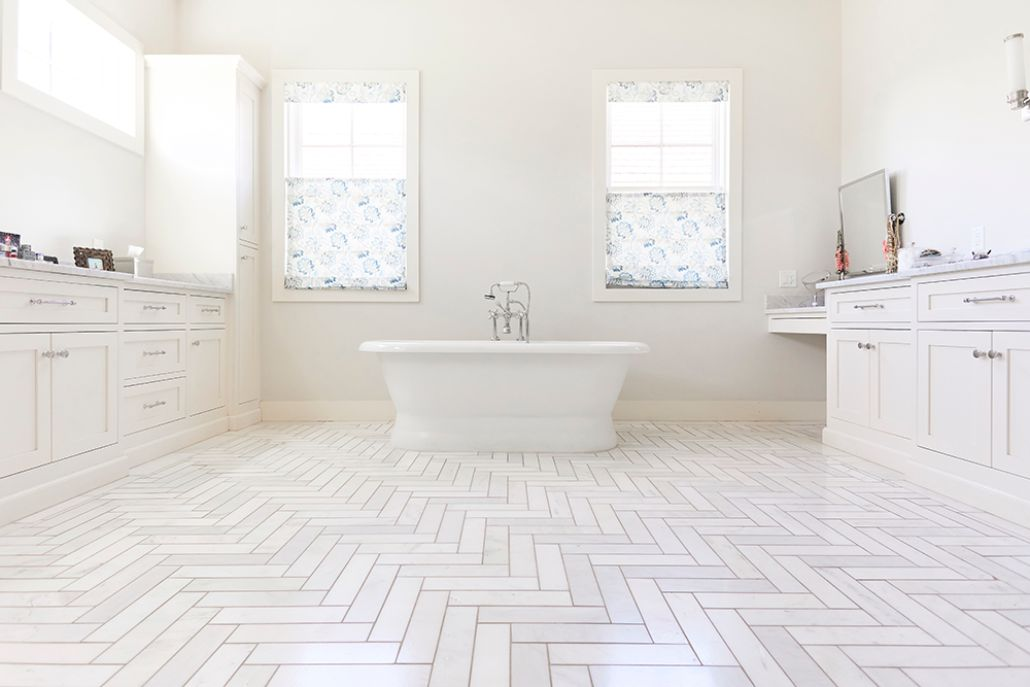 <p>Learn how to polish tile floors to keep them beautiful for a lifetime.</p>